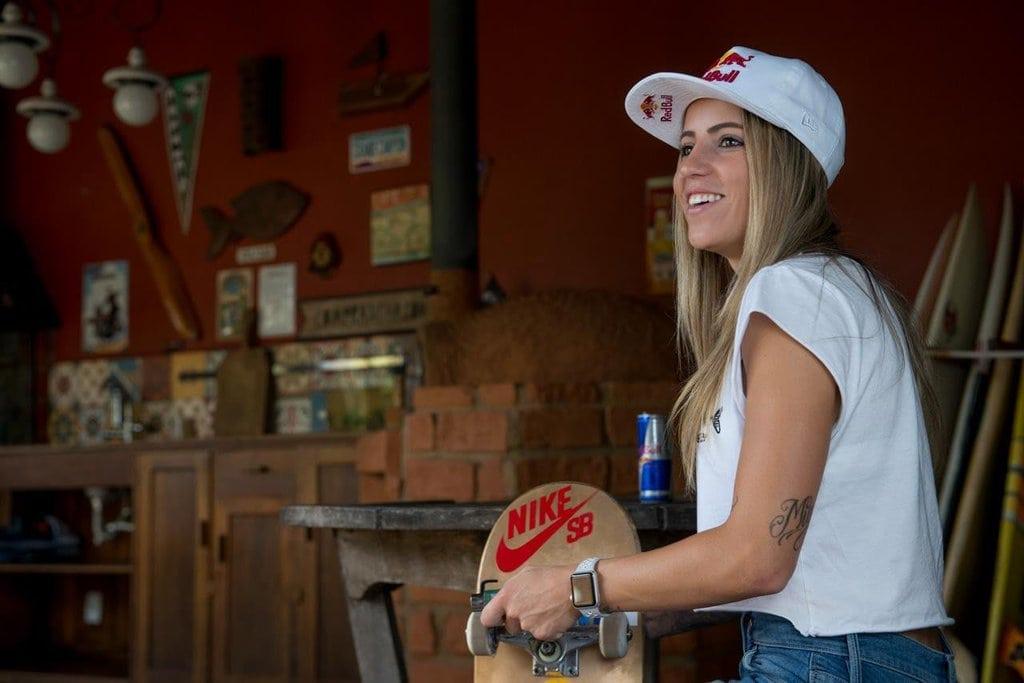 Skateboarder Leticia Bufoni