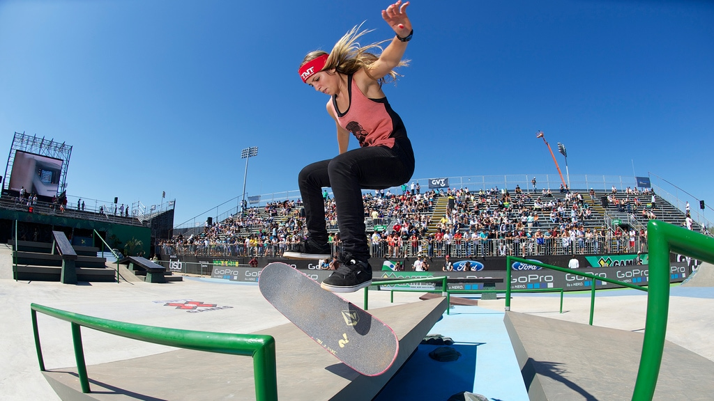 Skateboarder Leticia Bufoni while skating