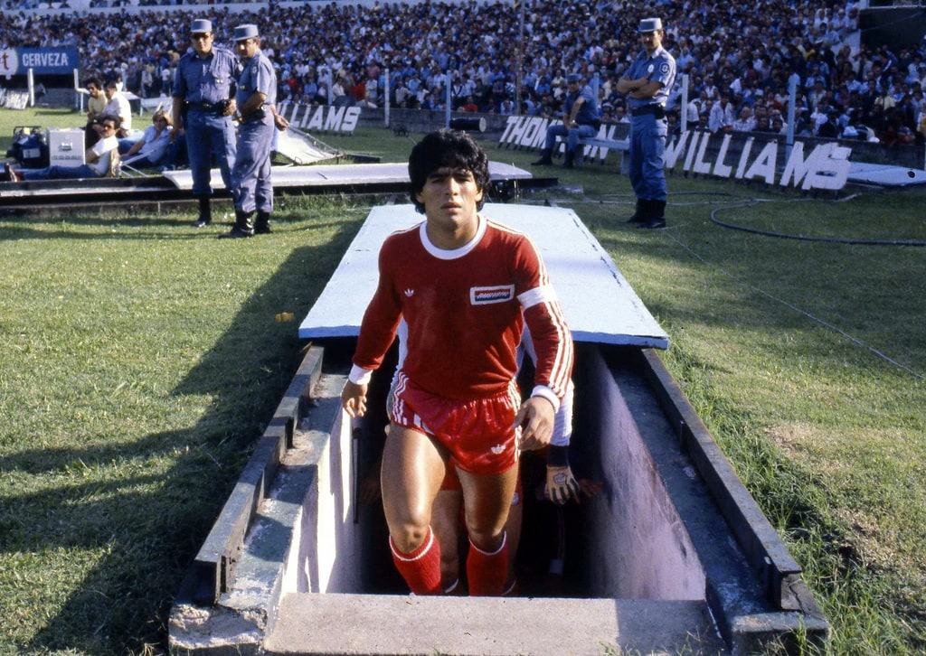 Diego Maradona - 14.03.1980 - Racing Club / Argentinos Juniors - Championnats d'Argentine