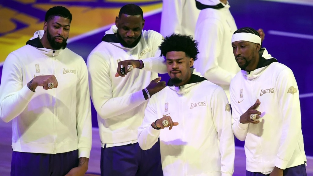 Lakers Players Receiving Their 2020 Championship Rings